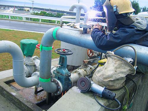 新知名発電所重油貯蔵タンク点検修繕工事4